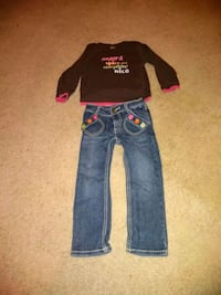 Gymboree Jeans and Shirt (Size 2T) Wildomar, 92595