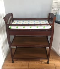 Baby Wooden changing table Kearny, 07032