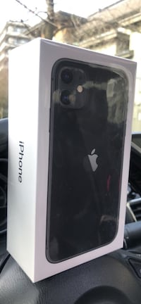 iPhone 11 BRAND NEW/SEALED Black 64 GG