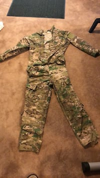 Airsoft Shirt and Pants  Sykesville, 21784