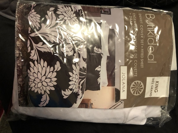 Duvet and fitted sheet set
