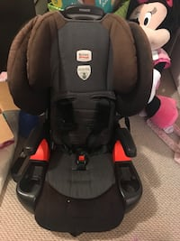 Britax pioneer booster car seat good condition Vancouver, V6P 1G9