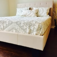 New King Ivory Tufted Bed Silver Spring