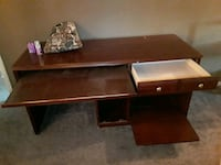 Computer Desk (5ft long and 2ft wide)