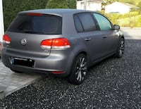 metallic grå Volkswagen Golf