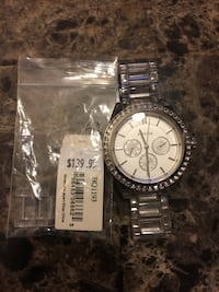 Woman's silver/clear fossil watch Hamilton, L8M 2P9
