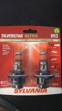 Headlight bulbs Newmarket, L3X 0B8