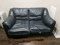 black leather 3-seat sofa Brampton, L6P 0A2