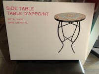 Side table brand new Richmond Hill, L4C 1H9