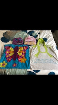 3 hooded towels Vancouver
