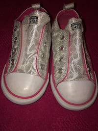 Converse Sneakers Size 8 Toddler Medford, 02148
