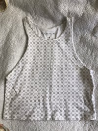 gray and white floral scoop-neck shirt Oxnard, 93033