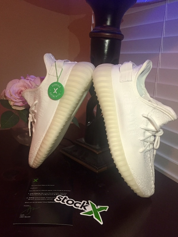 online store 29c36 959be Adidas Yeezy Boost 350 V2