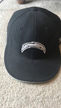 Black and white Chargers cap Reno, 89512