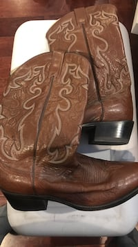 Brown leather Dan Post cowboy boots Spring Grove, 17362