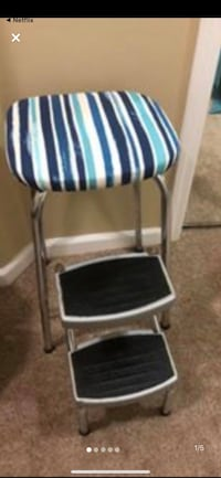 Step chair  vintage newly recovered Surrey, V3W 1J4