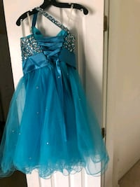 Short formal or prom dress Accokeek