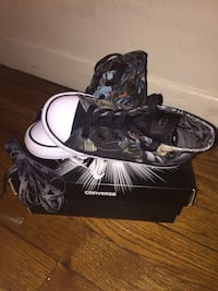 Batman Converse Size 10c (Kids) New York, 10459