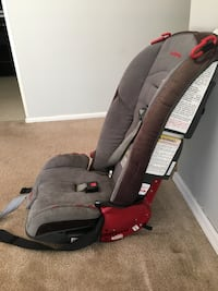 baby's gray and brown car seat