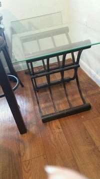 Set of end tables (2 glass top tables) Houston, 77089