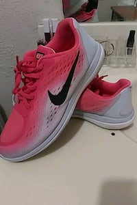 Shoes nikes size 7y