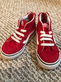 Vans Toddler Size 5 Red High Tops 55 km