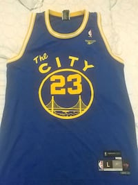 Golden state throwback MINT CONDITION Toronto, M3M 0B3