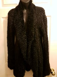 Black long sweater  Vaughan, L4H 1M4