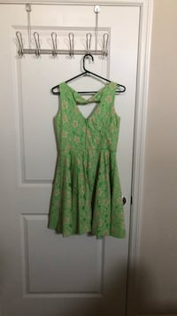 green and white floral sleeveless dress Mount Pleasant, 29464
