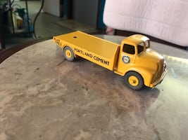 Dinky Toy Cement Truck.