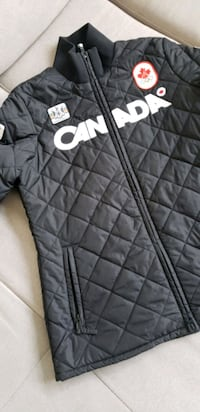 Canada black and white zip-up jacket Toronto, M8Z 0A1