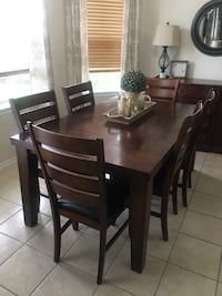 Wood Table & 6 Chair Tomball, 77375