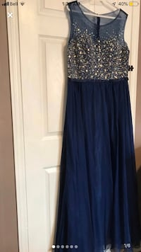 Brand new size 14 dress gown  Mississauga, L5R 3Z8