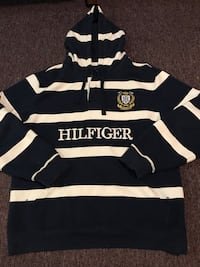 Tommy Hilfiger hoodie Large Vancouver