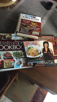 four cookbooks Pasadena, 21122