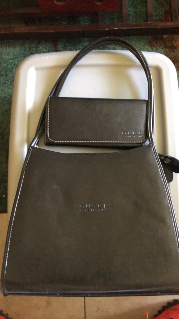Photo Black purse and wallet