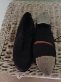 Boch tap shoes size 8 must sale! Reasonable offers will be considered VISALIA