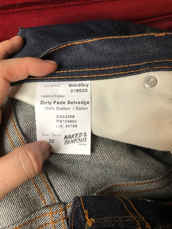 Men's Naked and Famous Weird Guy size 32 9af4ac85-d303-443f-a661-8ba7644ad866