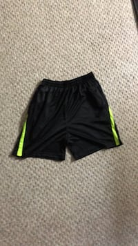 Boys medium soccer  or refree shorts