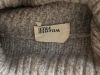 Grey Wilfred Free Sweater Size XS Vancouver, V6A 4J9
