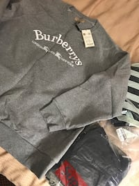 Burberry Crew Neck size XL brand new Washington, 20009