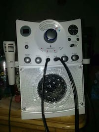 white and black karaoke machine  Oxon Hill, 20745