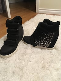 Platform wedge studded sneaker