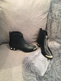 Chanel leather black booties  San Jose