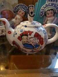 """Betty Boop """"The many faces of Betty Boop"""" tea pot  Portsmouth, 23701"""