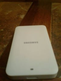 Samsung battery charger with battery in it Queen Creek, 85143