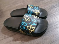 Gucci Slide Sandals Unisex size 7.5 womens or 5.5 mens/ youth Calgary