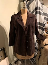 Danier brown genuine suede jacket size M Wilmot, N3A