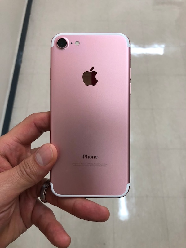 best website 08e6a b75d8 Rose Gold iPhone 7 32GB Factory Unlocked (Pink)