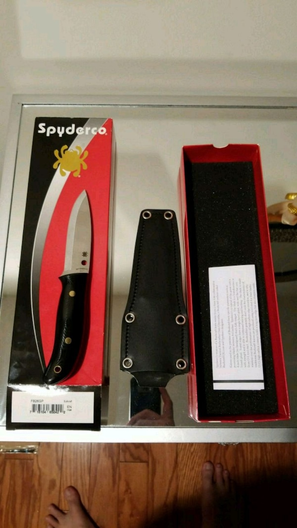 Spyderco Bushcraft G-10 PlainEdge Knife